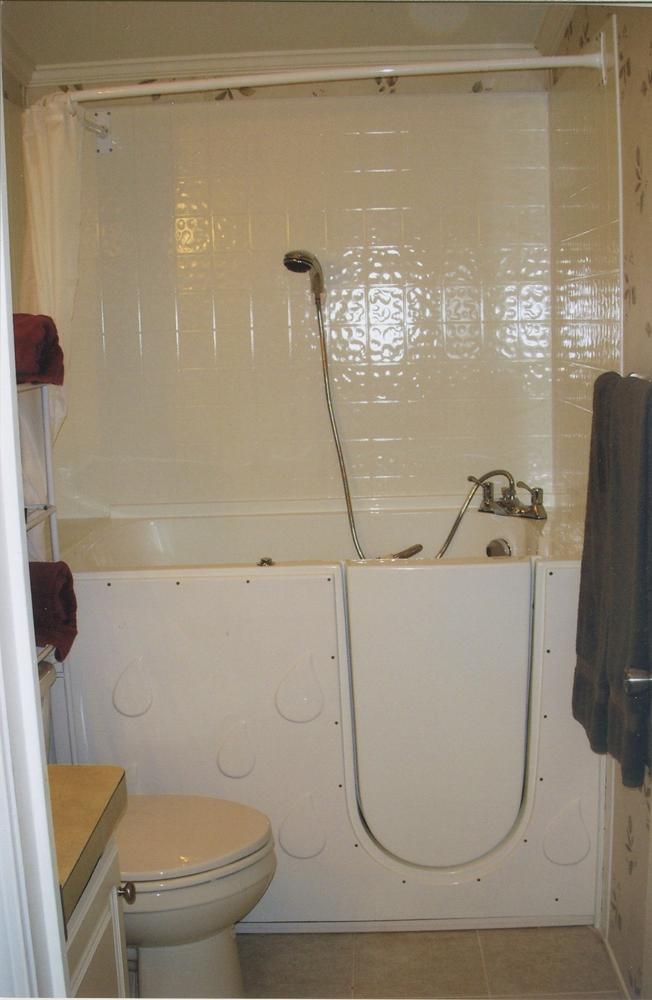 ADA Accessible Bathtub | Greaves Construction